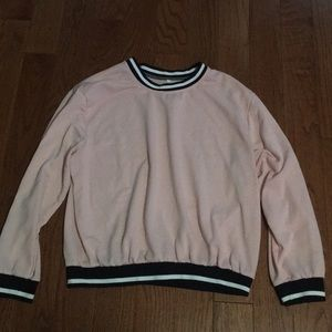 Crew neck long sleeved sweater